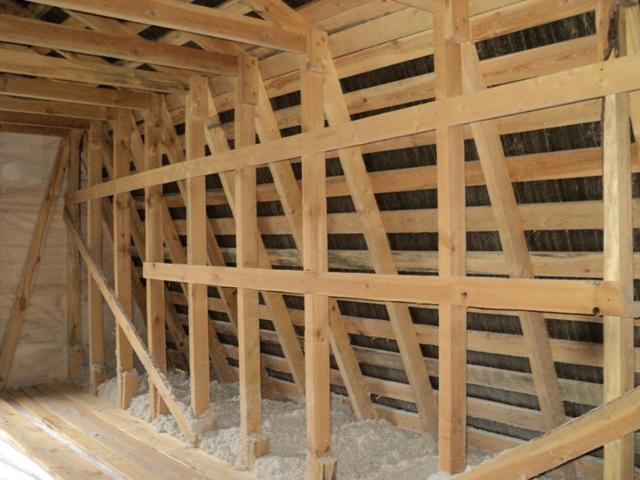 Как построить мансарду своими руками из дерева