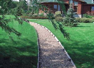 Изготовление гравийных садовых дорожек